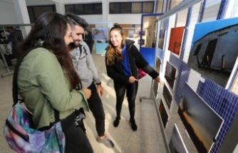LAÜ İletişim Bilimleri Fakültesinin fotoğraf sergisi beğeni topladı