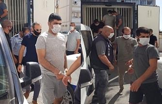 Mülteci taşıyan Demir'e 4 yıl hapislik
