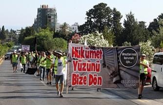 Esnaf Girne'den Lefkoşa'ya yürüyor