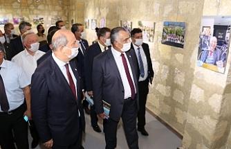 Başbakan Tatar'ın 'Objektifimden' adlı sergisi açıldı