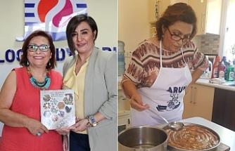"""Şeniz Akşahinler'in """"Kıbrıs Türk kültüründe yemeklerimiz"""" kitabı'na büyük ilgi"""
