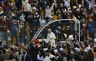 Papa Francis ve 10 bin kişilik ayin