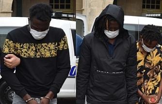 İkisi Lefkoşa'da yakalandı