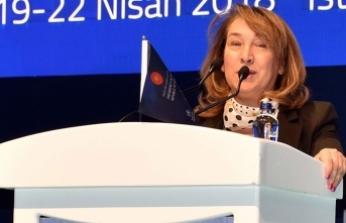 Sağlık Bakanı Besim İstanbul'daki tıp kongresine katıldı