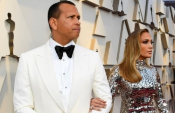 Jennifer Lopez'in düğünü de corona kurbanı oldu