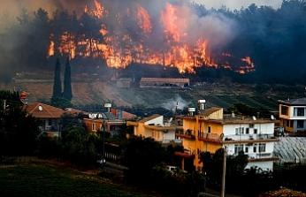 Antalya'da 4 ayrı noktada yangın çıktı