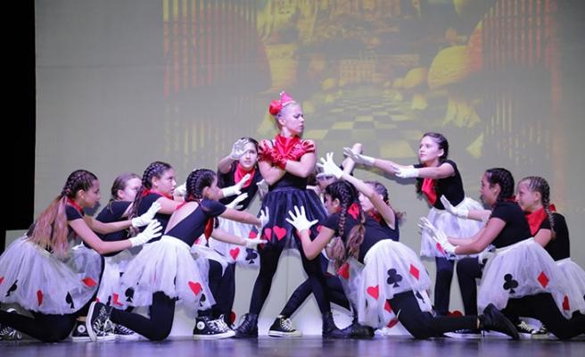 GAÜ Stage School'un, her yıl geleneksel olarak düzenlediği Gala Gecesi yapıldı