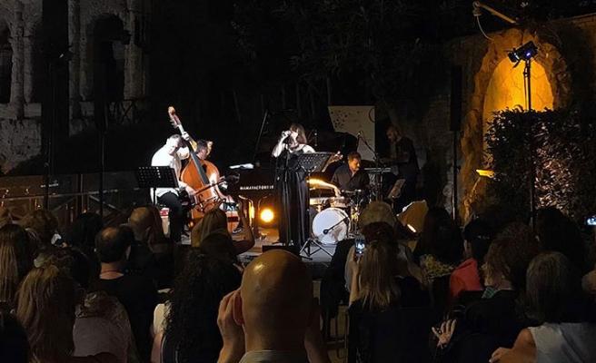 Rüya Taner, Roma'daki konserinde Türk klasik müziğinden kesitler sundu