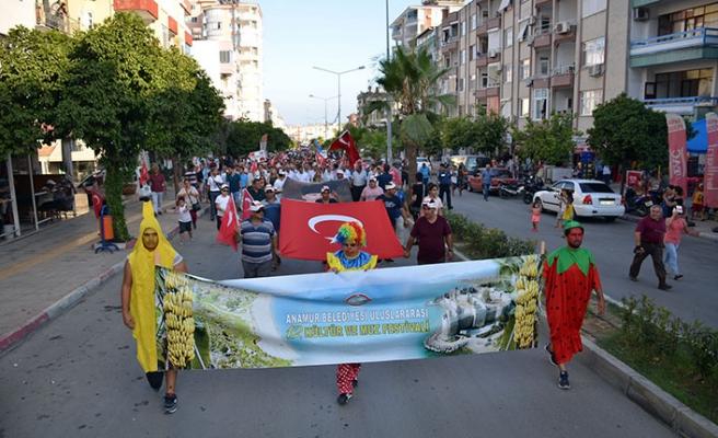 Çatalköy Belediyesi Halk Oyunları ekibi, Anamur'da düzenlenen festivale katıldı