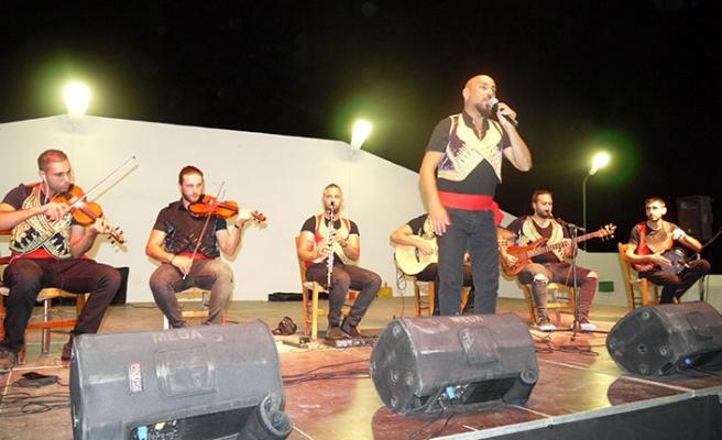 Dikmen Belediyesinin Dağyolu'nda düzenlediği Kıbrıs Gecesi büyük ilgi gördü