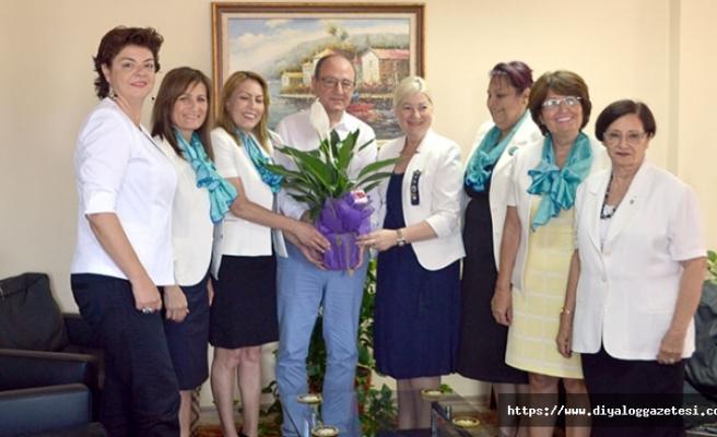 Girne Özgür Ada Lions ve Lefkoşa Başkent Lions Kulübü başkan ve üyeleri, Reşat Akar'ı ziyaret etti