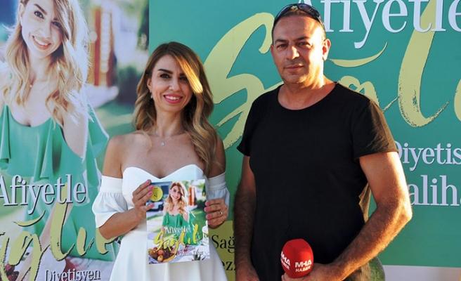 Kuzey Kıbrıs'ın tanınmış diyetisyenlerinden Zaliha Kiraz'ın yazdığı kitap tanıtıldı