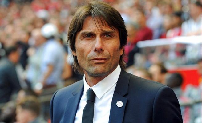 Milan Conte'nin peşinde