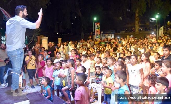 12. Uluslararası Lefkoşa Halk Dansları Festivali'nde muhteşem gösteriler sergilendi