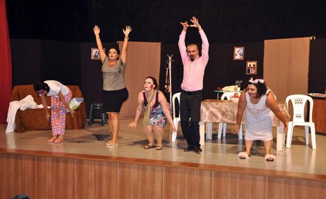 Nar Reçelim tiyatro oyunu izleyiciyle buluştu