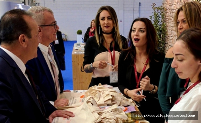 Turizm Bakanı Ataoğlu Londra Turizm Fuarı'na Katılacak