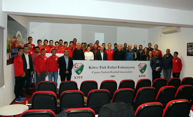 Futsal eğitimi tamamladı