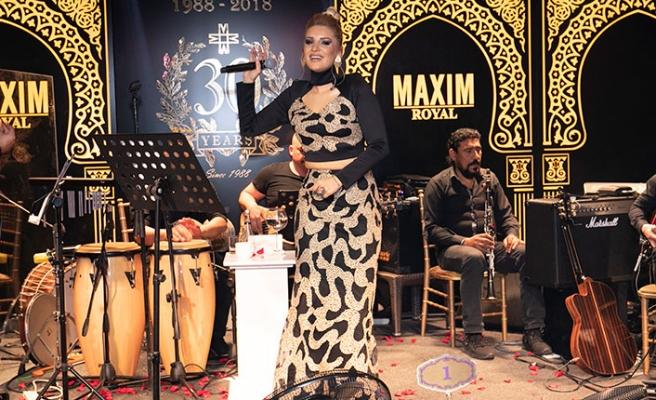 Maxim Royal, geçtiğimiz hafta sonu yine kahkaha, dans ve müzik dolu bir eğlenceye imza attı