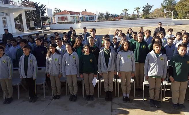 Mehmetçik Ortaokulunda milli mücadeleyi konu alan şiir yarışması düzenlendi
