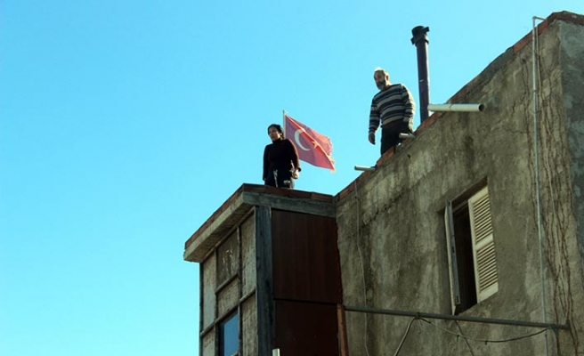 Çatıya çıktılar