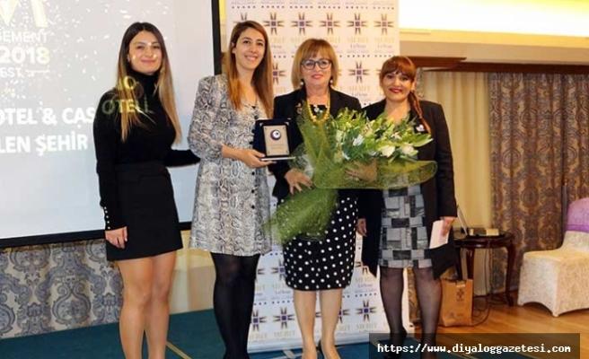 Merit Lefkoşa'ya En İyi Yönetilen Şehir Oteli ödülü verildi