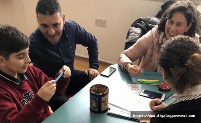 Yakın Doğu İlkokulu öğrencileri velilerinin katılımı ile etkinliği düzenledi