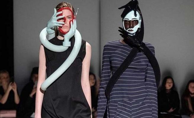 Hüseyin Çağlayan 2019 Sonbahar-Kış koleksiyonunu Londra Moda Haftası'nda tanıttı