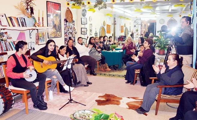 Mağusa'daki Kadınlar Kahvehanesi, ülkenin en popüler yerlerinden biri oldu
