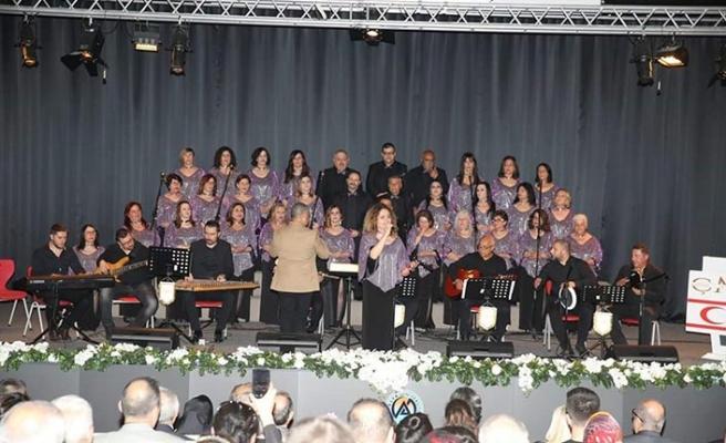 Çağdaş Müzik Derneği TSM Korosunun Trabzon'da gerçekleştirdiği konser beğeni topladı