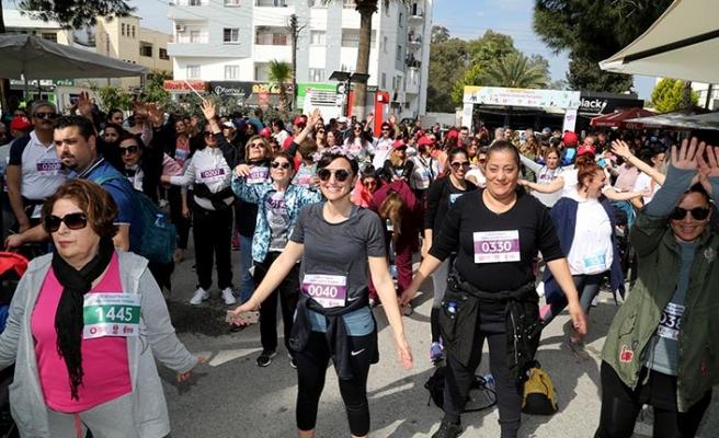 'Sağlıklı gelecek' için yürüdüler