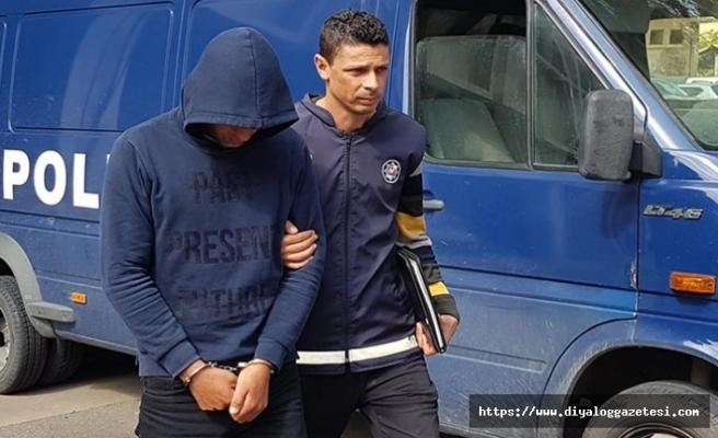 Tacizden tutuklandı