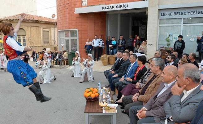 Yafa Portakal Festivali'nin açılışı zeytin dalı yakılarak gerçekleşti