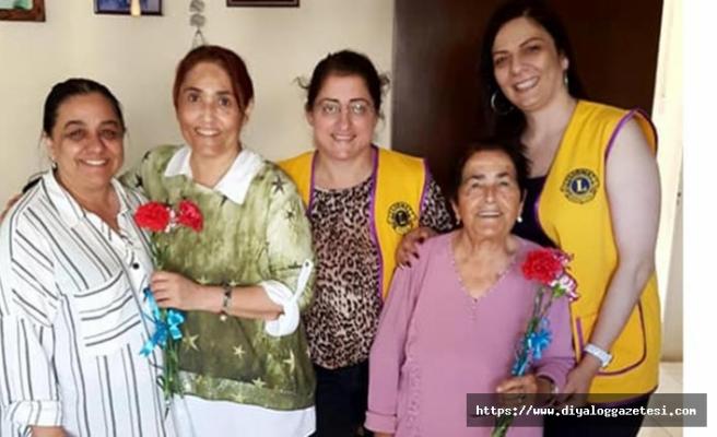 100. Yıl Mehmetçik Karpaz Lions Kulübü hem annelerin hem de hemşirelerin gününü kutladı