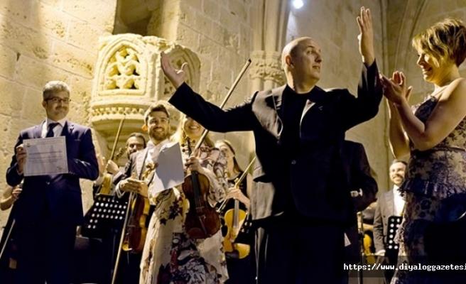 23'üncü Kuzey Kıbrıs Uluslararası Bellapais Müzik Festivali başladı