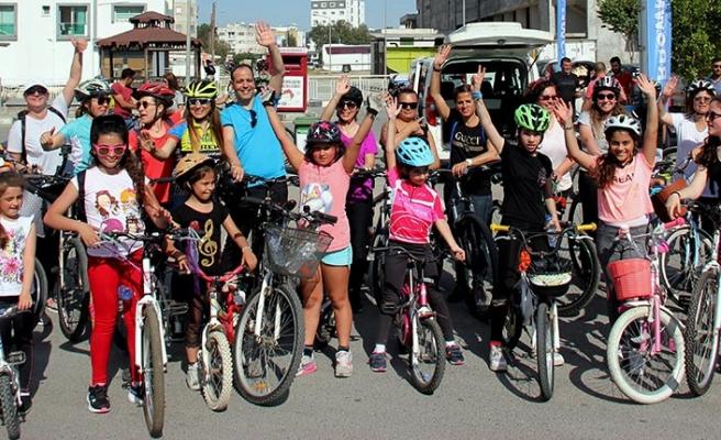 """Lefkoşa'da """"Sağlık için hareket, hareket için bisiklet"""" turu düzenlendi"""