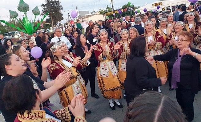 Yoğun katılımla başlayan Enginar Festivali, renkli görüntülere ev sahipliği yapıyor