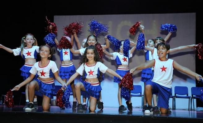 Girne Amerikan Üniversitesi Sahne Sanatları Stage School'un düzenlediği Yıl Sonu Gösterisi gerçekleşti