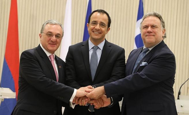 'Üçlü işbirliği'