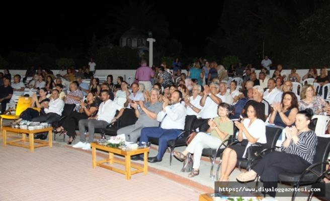 İskele Festivalinde buluşan Larnakalılara nohutlu pilavı ve Acuva tatlısı dağıtıldı