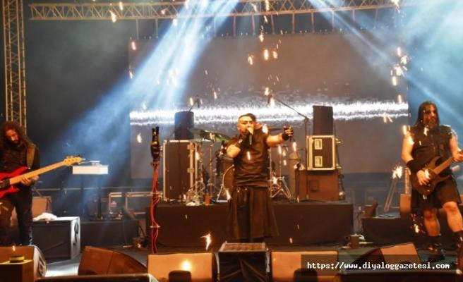 Hayko Cepkin Girne'de muhteşem bir konsere imza attı