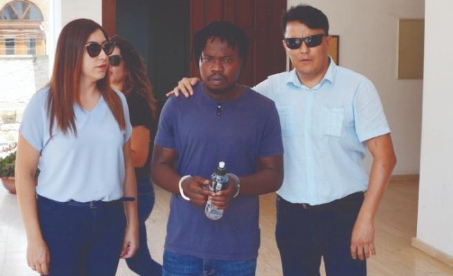 Polis tutukladı