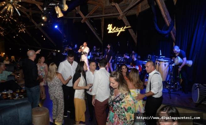 Merit Park'ta, Korhan Saygıner, yine muhteşem bir konsere imza attı