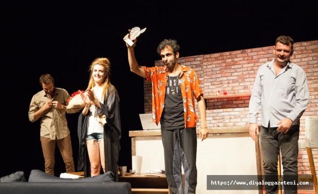 "Tiyatro Festivali'nde, ""Tezgâh"" oyunu sahnelendi"