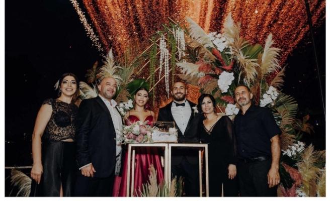 Yaren ile Mehmet'in nişan törenindeki mutluluğuna yaklaşık 300 davetli ortak oldu