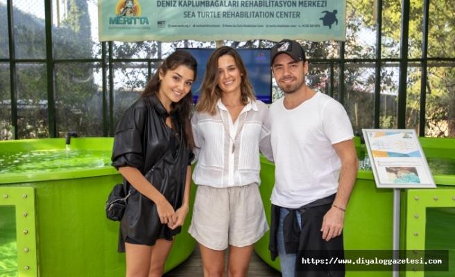 Murat Dalkılıç ve Hande Erçel, Meritta Deniz Kaplumbağaları Rehabilitasyon Merkezi hakkında bilgi eldı