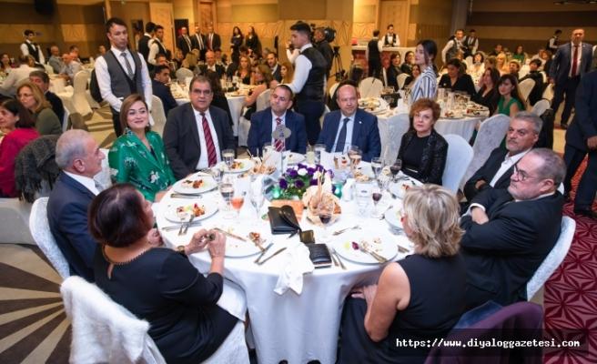 Merit sponsorluğunda Kemal Saraçoğlu Vakfı yararına düzenlenen yemek büyük ilgi topladı
