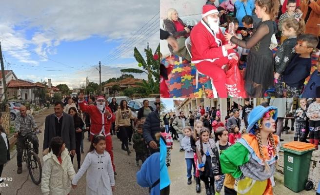 Akçay köyünde yaşayan çocuklar muhtarlığın girişimiyle harika bir yeni yıl kutlaması yaşadı