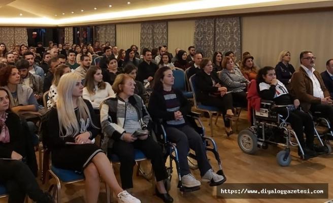 Kişisel gelişimin önemi ve motivasyon konularının irdelendiği seminer büyük ilgi gördü