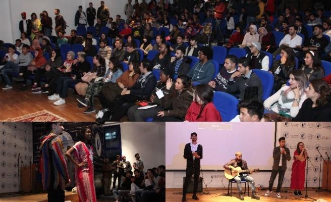 LAÜ'de eğitim gören Faslı öğrenciler kültürel müzikler eşliğinde çeşitli gösteriler sergiledi