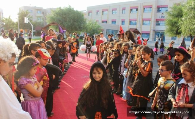 TED Kuzey Kıbrıs Kolejinde kostüm partisi düzenlendi